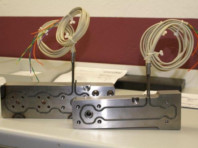 6-heisskanalverteilerEF723499-1BAE-C348-4AC9-8F8E3F161735.jpg